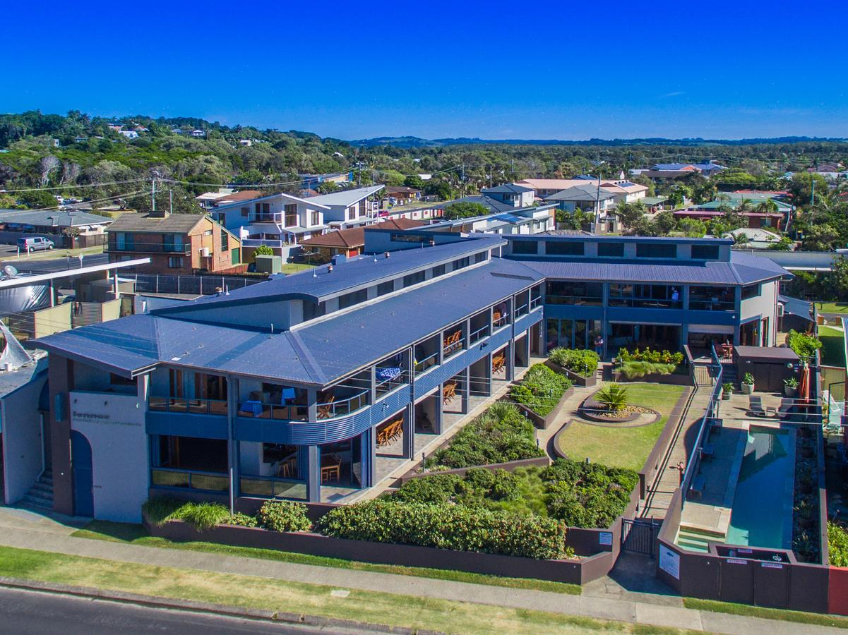 Lennox Holiday Apartments - Accommodation Find