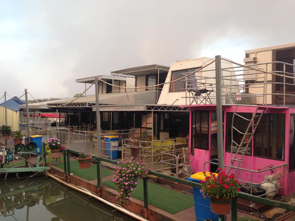 Corroboree Houseboats - Accommodation Find